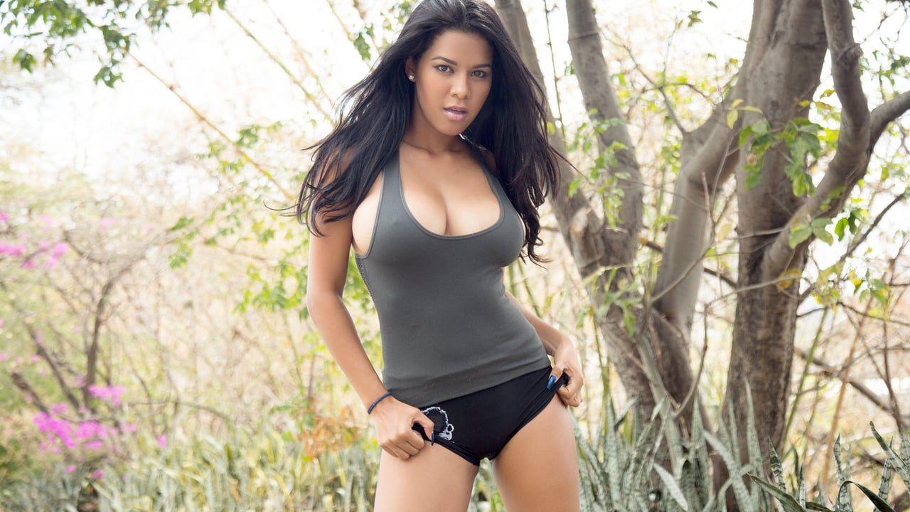 Kendra Roll Nude Photos 16