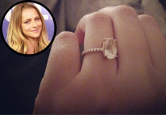 Teresa Palmer debuts her engagement ring. (Getty Images and Instagram)