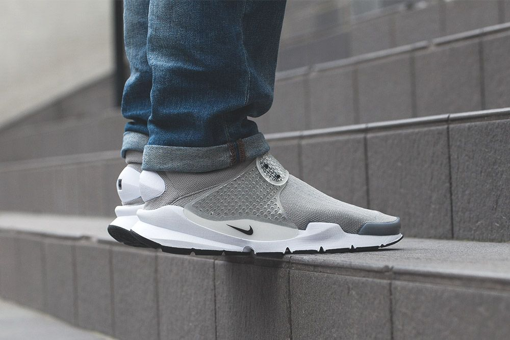Nike Sock Dart  On-Foot   Up Close (March 2016 Pack) - EU Kicks  Sneaker  Magazine 0452b8034