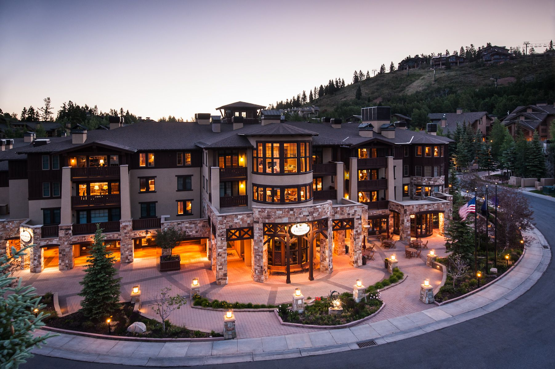 Park City Hotels >> Chateaux Deer Valley Luxpitality