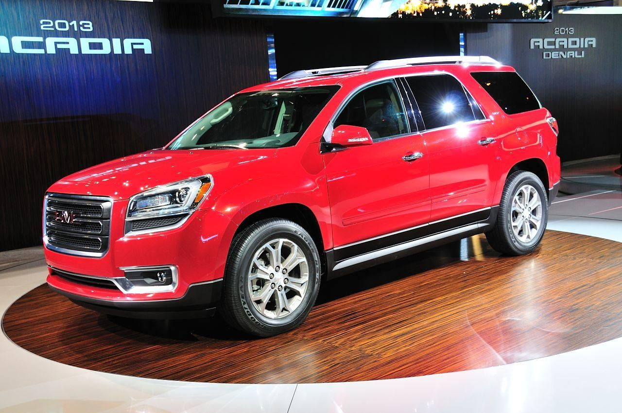 General Motors Predstavil Gmc Acadia 2013 Goda General Motors Buick Gmc Vehicles