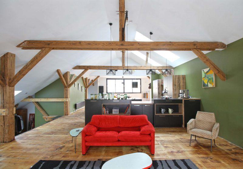 cuisine ixina dans un loft au mans painting tips loft meuble rangement canap rouge. Black Bedroom Furniture Sets. Home Design Ideas