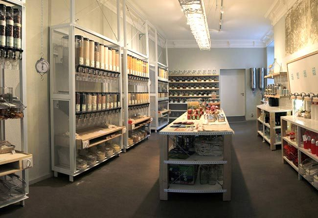This Is What A Zero Waste Grocery Store Looks Like And It S Amazing Zero Waste Grocery Store Zero Waste Store Zero Waste