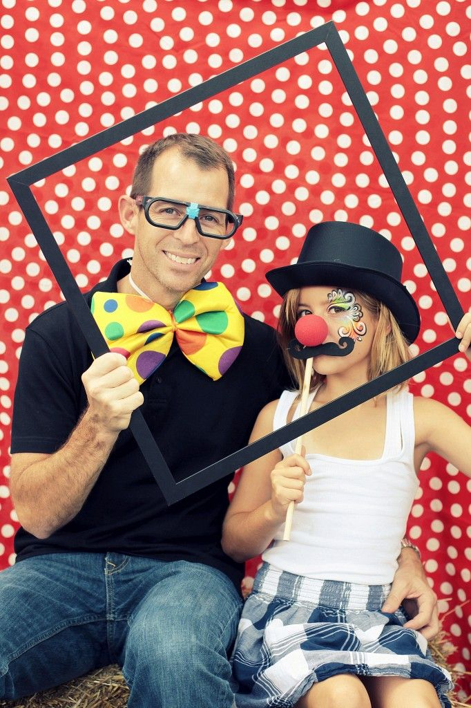 Photo Booths are so much fun so why not include one at your School Carnival? Families will love being able to access their own photos and order copies.