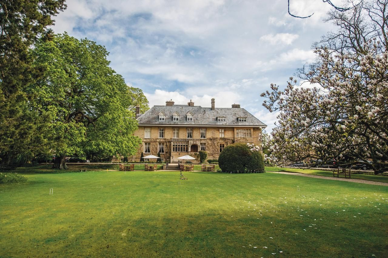 Booking country house the slaughters manor house lower