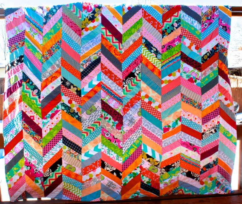 This Chevron Column Quilt tutorial demonstrates many time-saving techniques beginning quilters should know about!