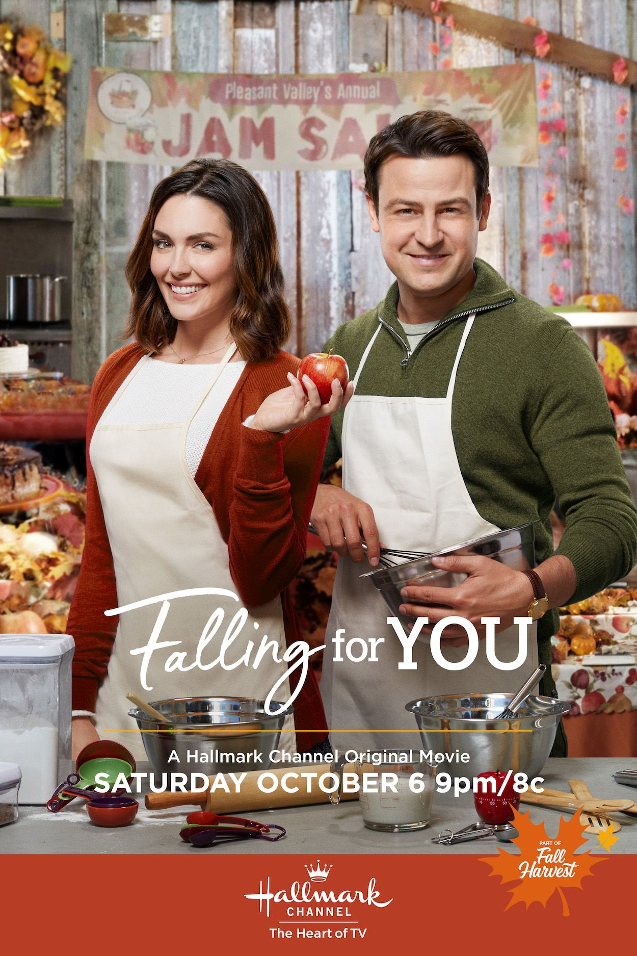 Things Heat Up For Taylor Cole And Tyler Hines At The Community