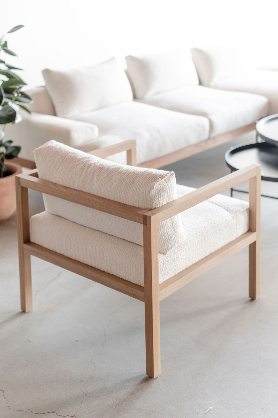 Eve Lounge Chair In 2020 Woodworking Furniture Plans Furniture Design Chair Furniture Design