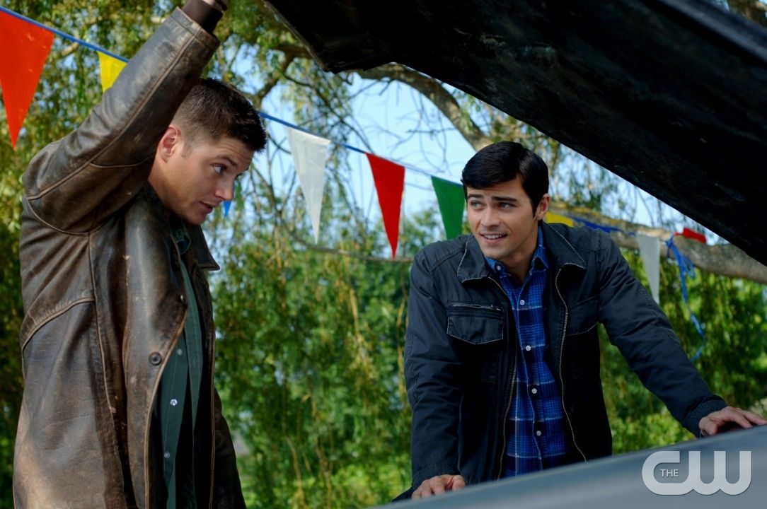 """""""In The Beginning"""" - Pictured (L-R) Jensen Ackles as Dean and Matt Cohen as John Winchester in SUPERNATURAL on The CW. Photo: Sergei Bachlakov/The CW �2008 The CW Network, LLC. All Rights Reserved.pn"""