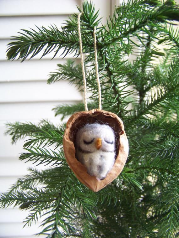 Nadel gefilzte Eule in Nussbaum Erbstück Ornament-große graue Eule