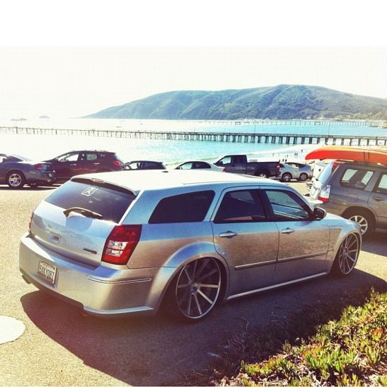 Pin By Matthew Sharpe On Drive This Dodge Magnum Wagon Cars Chrysler 300c Touring