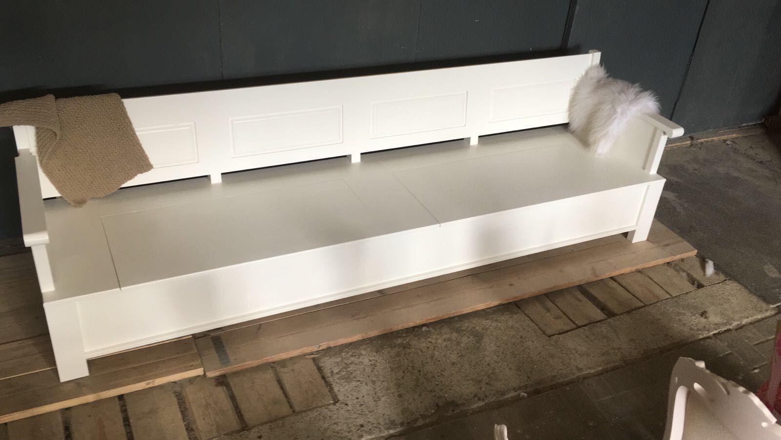 Lounge klepbank met extra diepe zit  Keuken  Eettafel