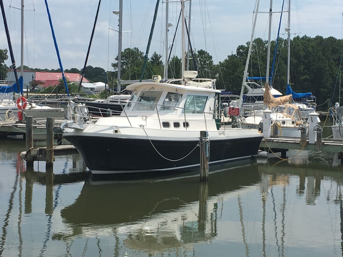 This Albin 28 Tournament Express is one of the highly sought