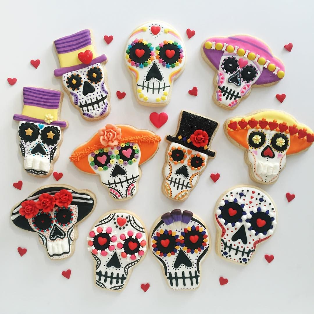 True Love sugar skulls by SweetDaniB ❤ Halloween Cookies by - Halloween Decorated Cookies