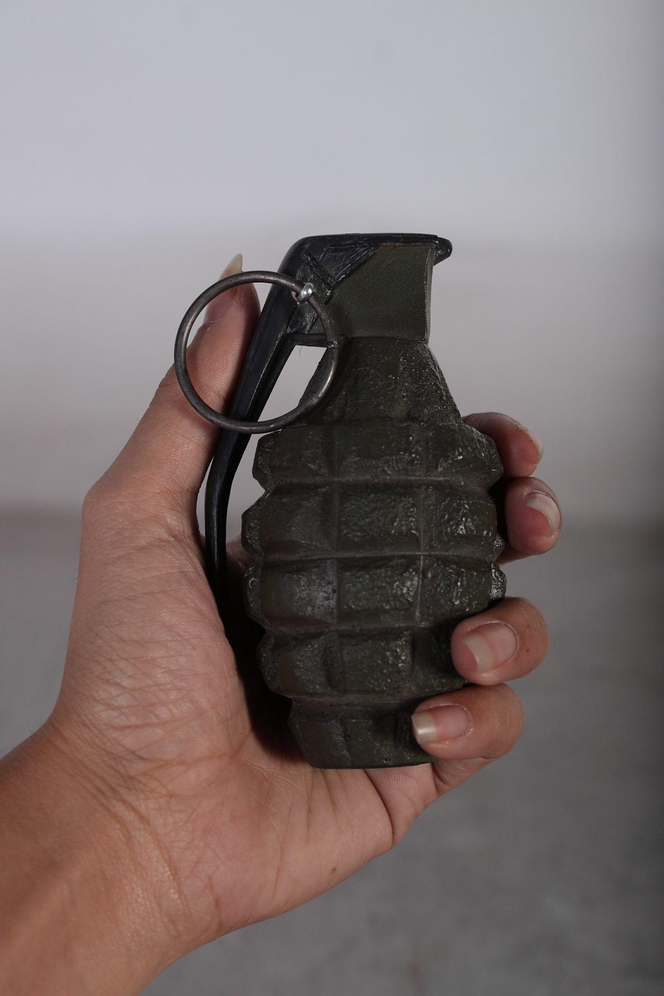 Pineapple grenade resin replica WWII GRENADE, INERT  HAS NO