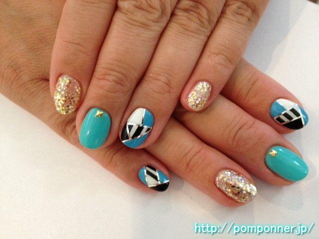 幾何学模様のようなかっこいいネイルデザイン cool nail design such as the geometric