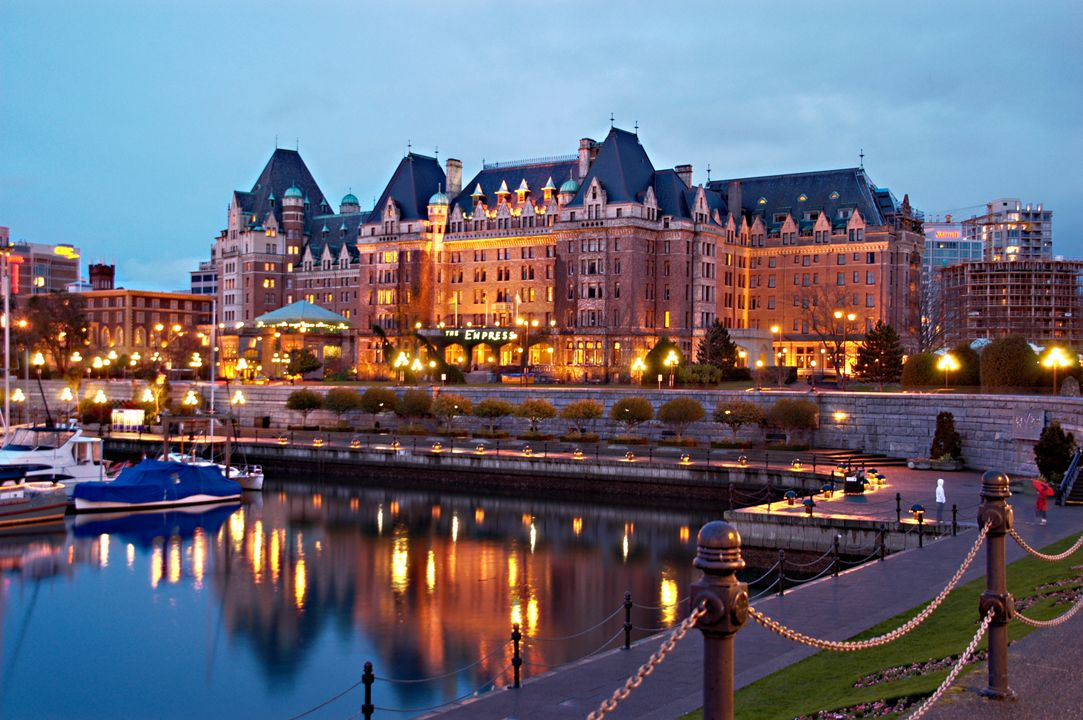 Downtown Victoria Bc Romantic Weekend Getaway From Seattle Empress Hotel Fairmont Empress Hotel Victoria Canada