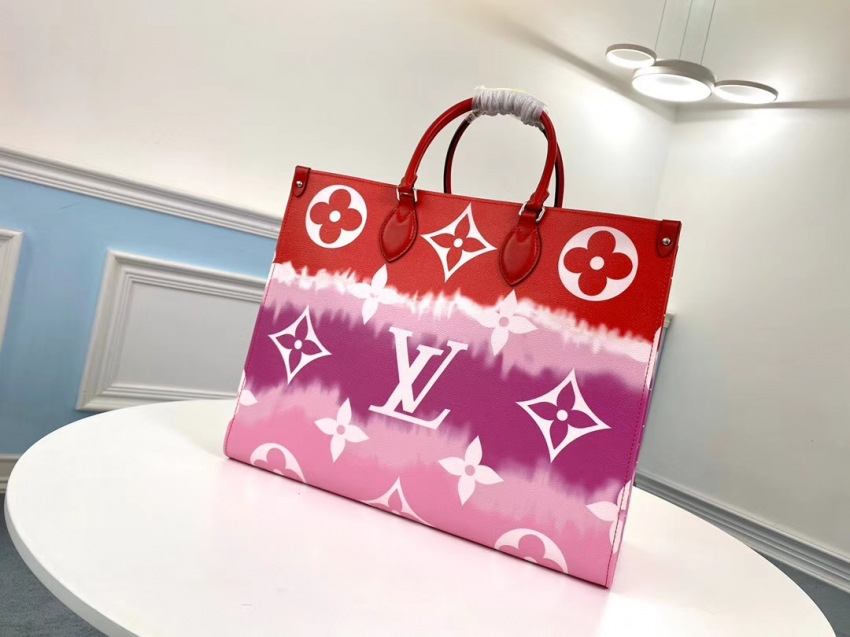Louis Vuitton Monogram Giant Canvas Lv Escale Onthego Gm Tote Bag M45121 Rouge Red In 2020 Louis Vuitton Monogram Bag Louis Vuitton Louis Vuitton Monogram