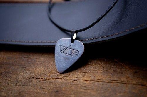 etched copper steve vai guitar pick necklace my style guitar pick necklace dog tag necklace. Black Bedroom Furniture Sets. Home Design Ideas