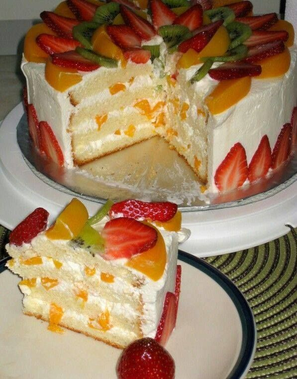 Pastel tres leches con fruta Three milks cake with fruit I love