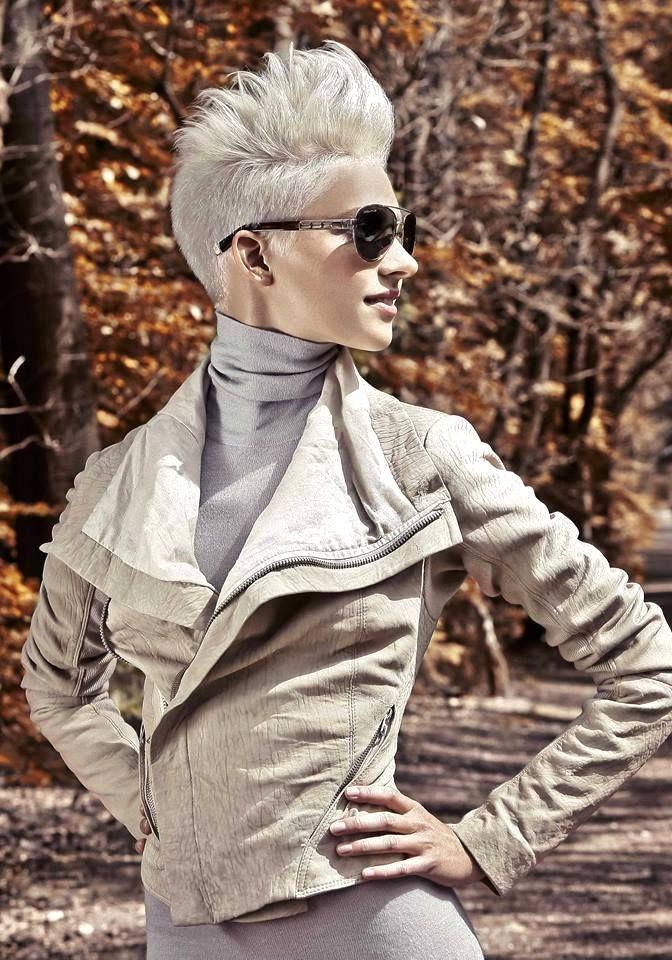 30 Funky And Trendy Nail Art Designs For 2014: 30 Geselecteerde Funky Korte Kapsels Om Een Gewenste Look