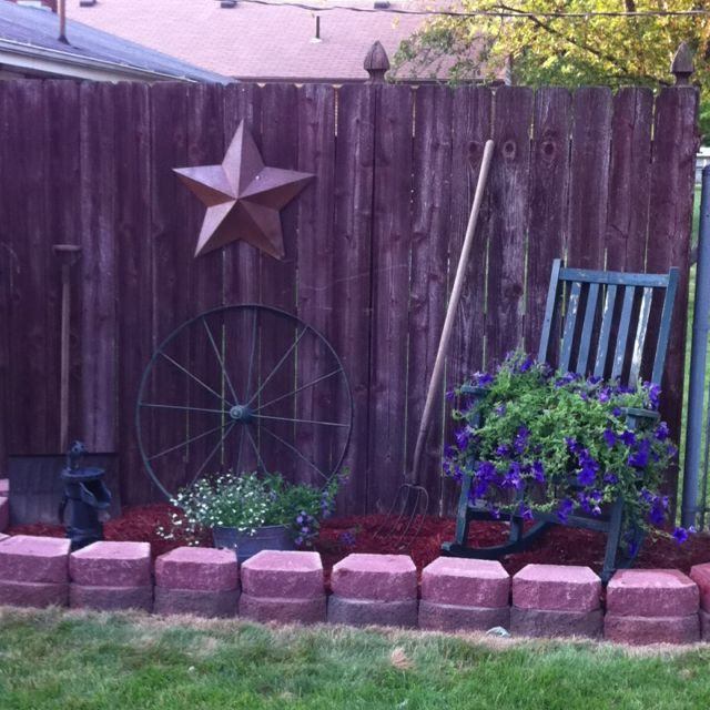 Ideas For Flowers In Backyard: New Flower Bed. Might Do This?