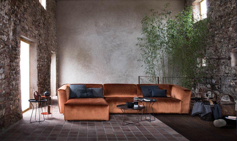 Alf Da Frè realizza mobili per soggiorno: tavoli e sedie, credenze ...