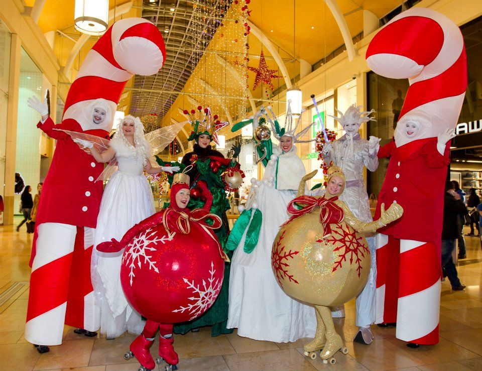 Christmas Stiltwalking / Stilt Walkers Performers  from www.FlamingFun.com:  Call 07788732552 for more info.