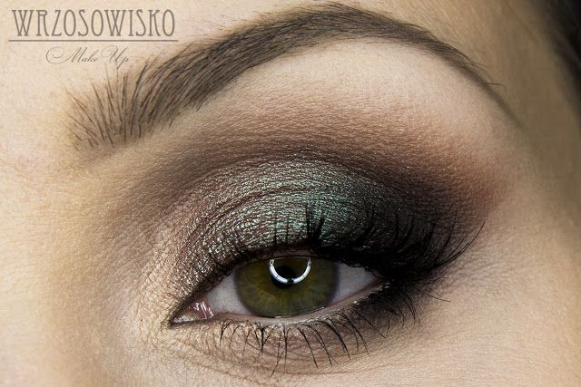 Wrzosowisko- MakeUp Blog: Duochrome new year's eve makeup. Insomnia