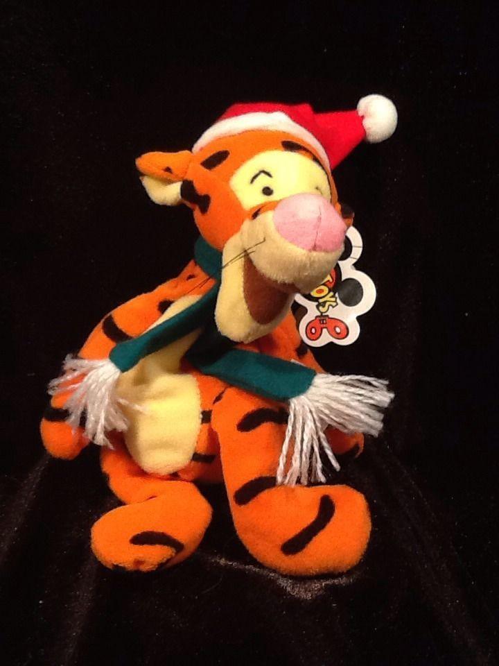 Disney plush Winnie the Pooh Christmas Tigger w/ Santa hat mini bean