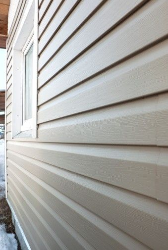 How Do I Clean The Aluminum Siding On My Home Answer Hey Matthew Any Outdoor Space That Stays Re Vinyl Siding Vinyl Siding Styles Vinyl Siding Maintenance