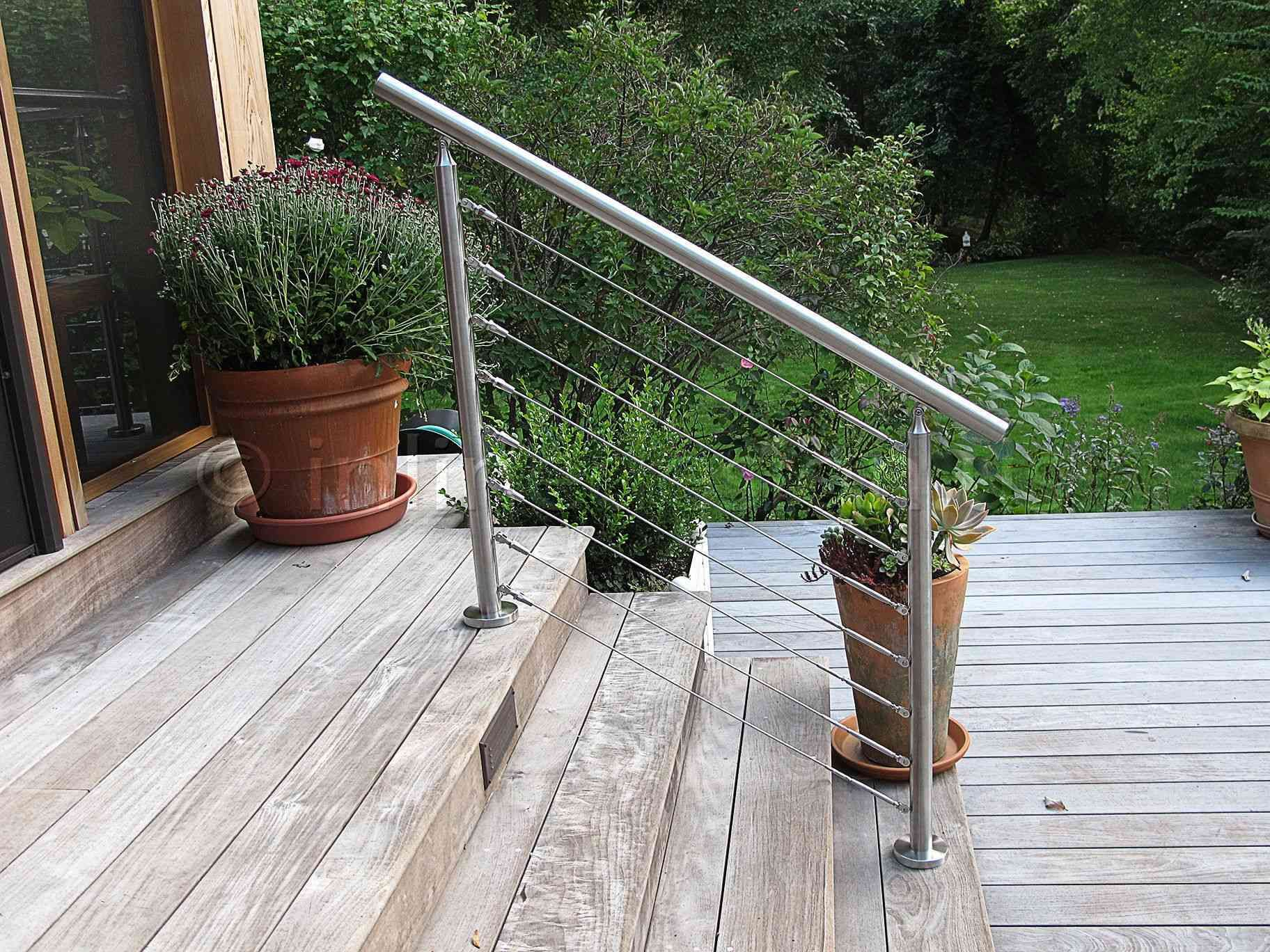 16 Lovely Deck Railing Ideas That Offer Safety And Style In 2020
