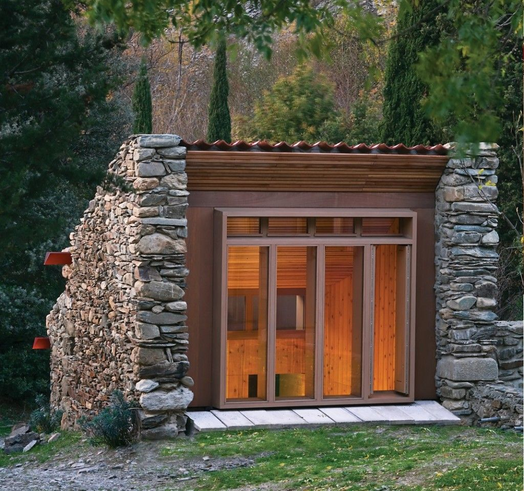 13 tiny houses we\'re really big on | Tiny houses, House and Cabin