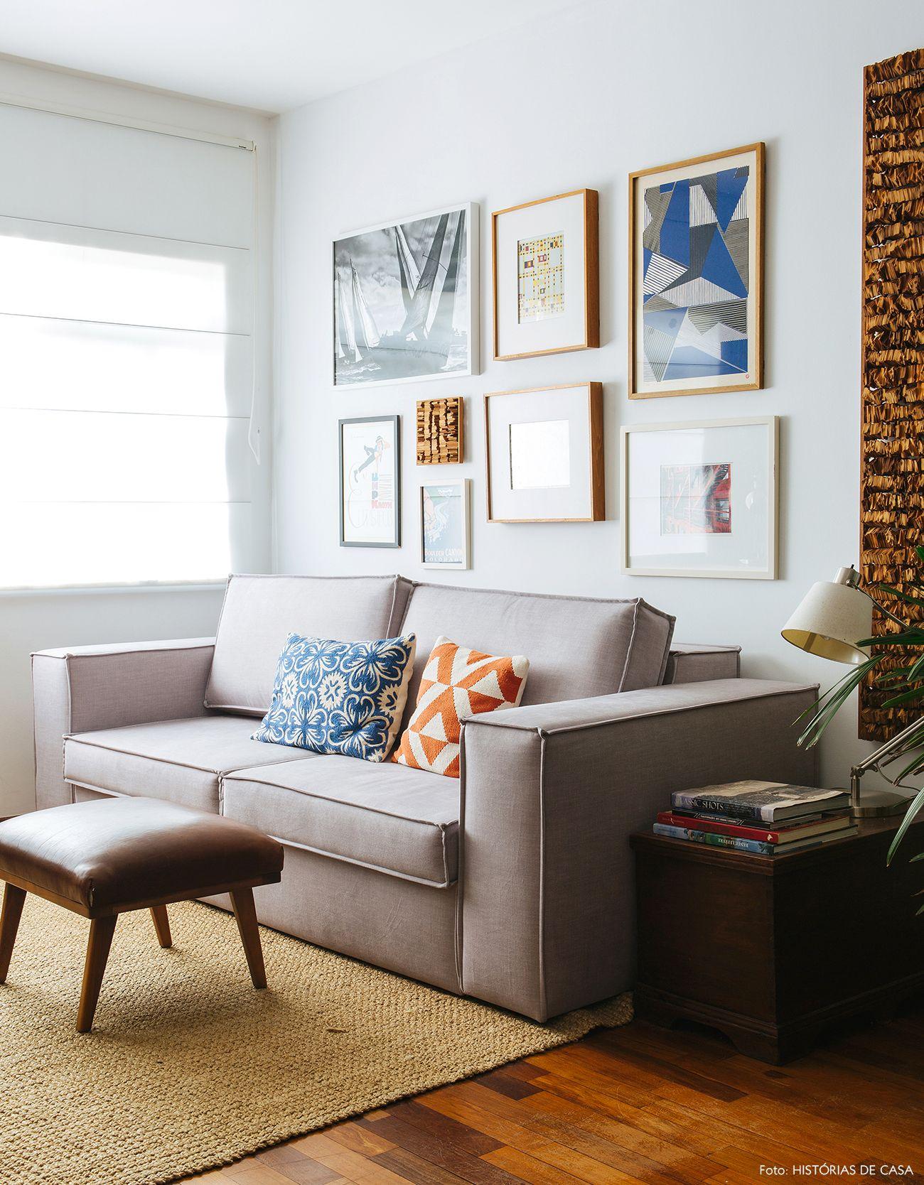 Um Novo Come O Sof S Cinza Almofadas Coloridas E Sala De Estar -> Parede Galeria Sala