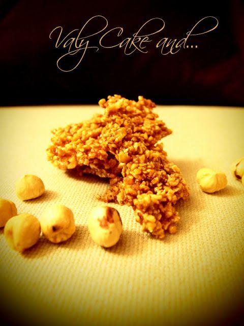 Valy Cake and ...: Superfast 3: Crunchy nuts  - Croccante di mandorle e nocciole http://valycakeand.blogspot.it/2013/05/superfast-3-croccantini-di-frutta-secca.html