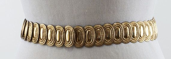 Vintage Oval Coin Style Metal Goldtone Stretch Belt