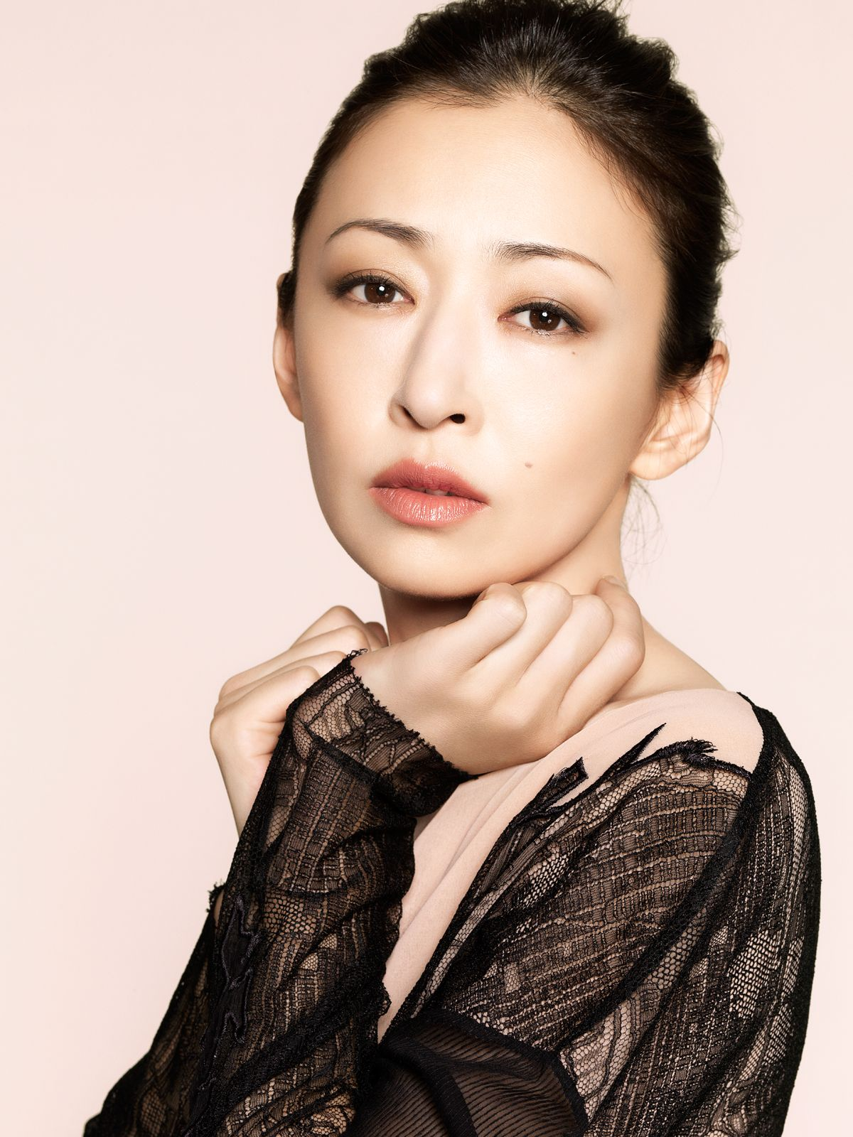 「Matsuyuki Yasuko 松雪泰子」おしゃれまとめの人気アイデア
