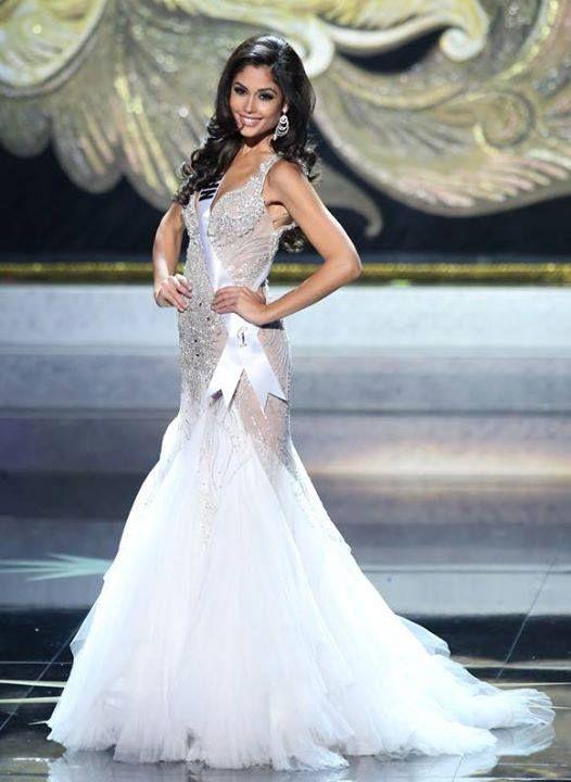 Patricia Yurena, Primera Dama de Honor de Miss Universo 2013. Vestido por M&M