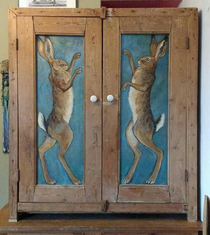 Rabbit Runn Designs A Kitchen Makeover: How Gorgeous Are These Hares?!