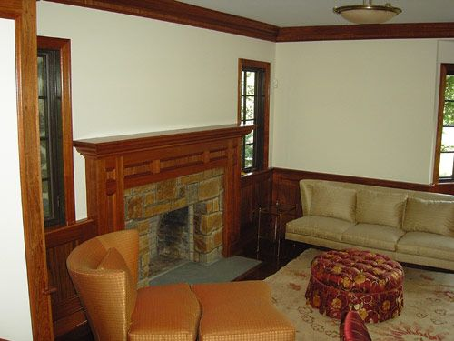 Living Room With Natural Wood Crown Moulding Natural Wood Trim Home Home Decor