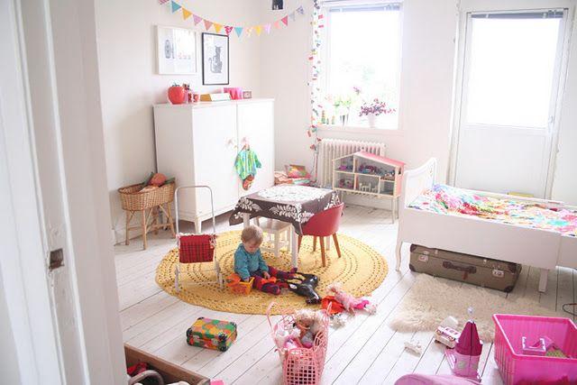 Ruime Lichte Babykamer : Mooie lichte kinderkamer retro stijl vintage & retro kidsroom