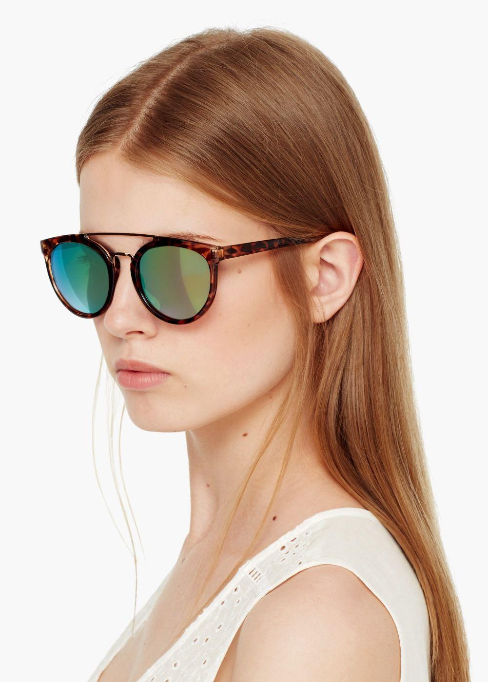 126e8499b Tortoiseshell sunglasses - Women   Óculos de sol, Tartarugas e Óculos