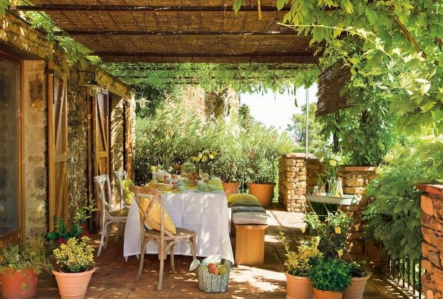 30 Beispiele Fur Terrassengestaltung Mit Toskana Flair Terrassengestaltung Outdoor Dekorationen Garten Und Outdoor
