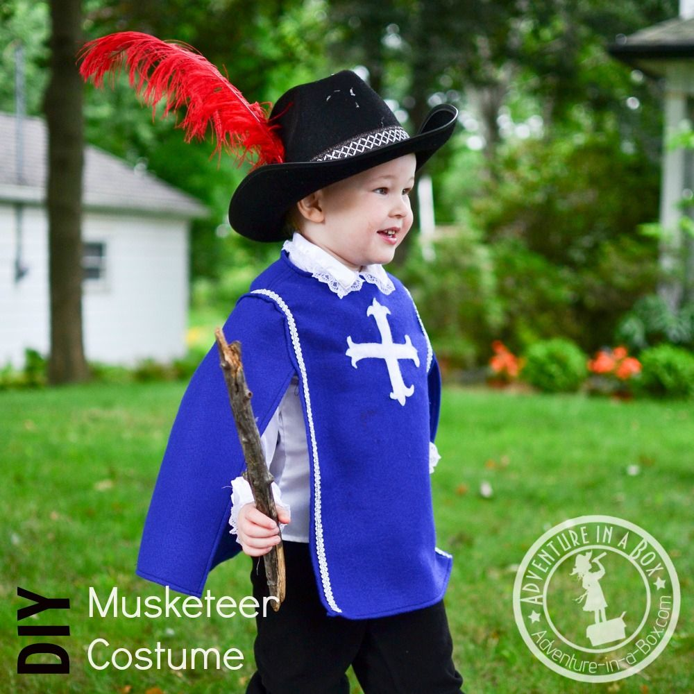 How to Make a Musketeer Costume for Halloween Musketeer