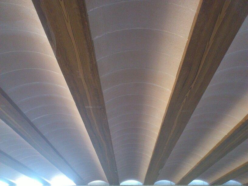 Bovedilla abovedada montada en forjado con vigueta - Suelos imitacion madera baratos ...