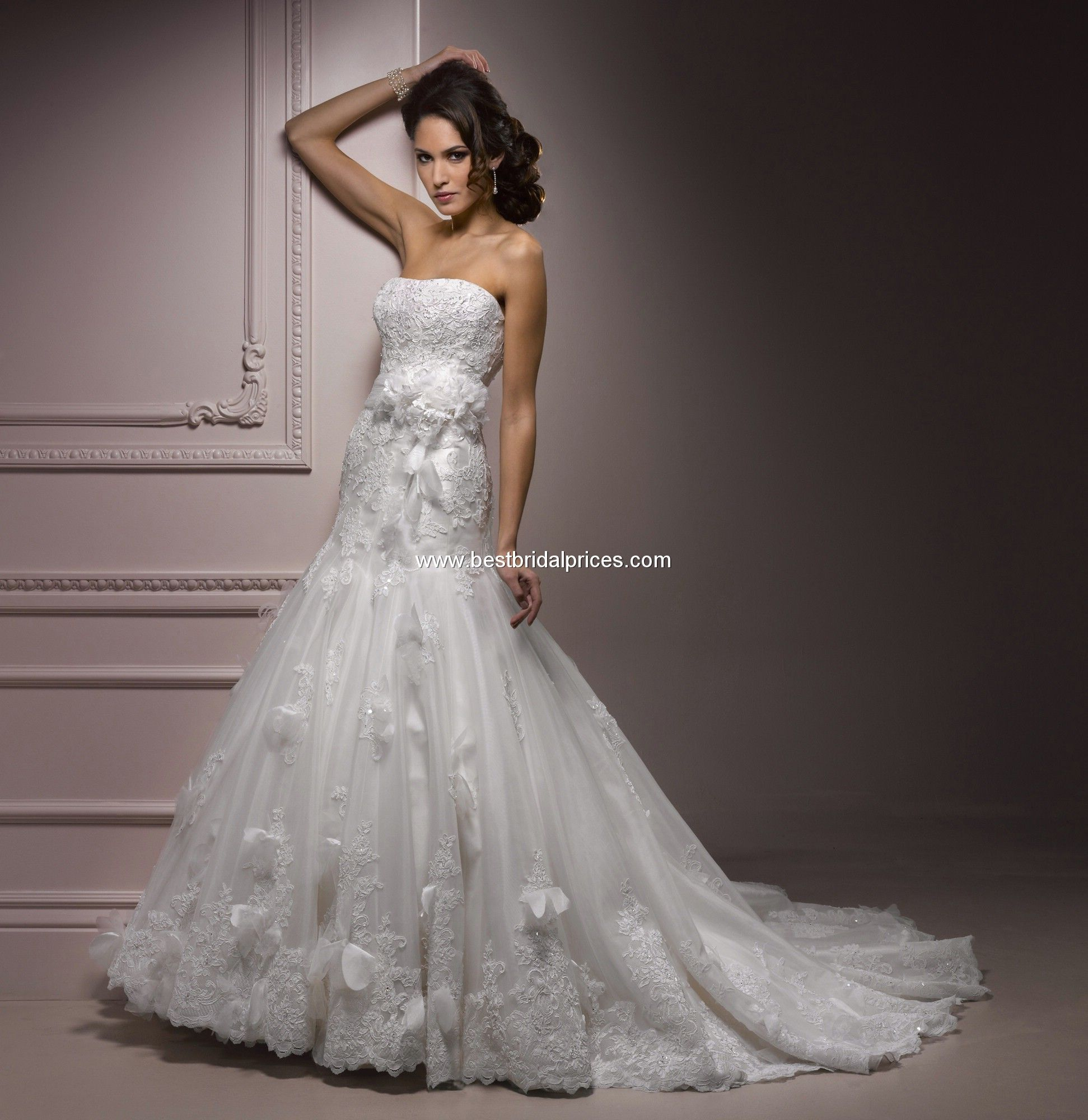 Casual wedding dresses for fuller figures  Maggie Sottero Style Raleigh  Wedding Ideas  Pinterest  Wedding