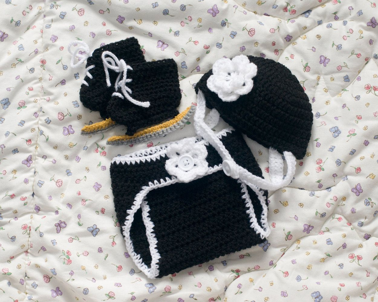 SPEED SKATING OUTFIT Baby Girl Speed Skating Helmet Black White, Crocheted Speed Skate Booties, Baby Girls Knit Speed Skating Diaper Cover by Grandmabilt on Etsy