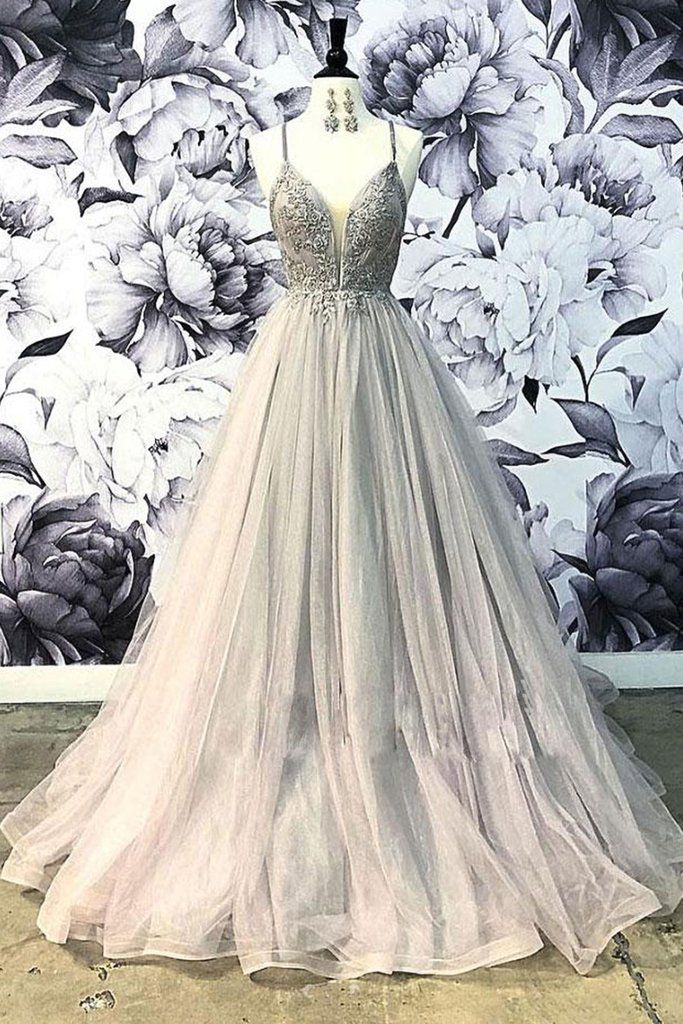 Light Gray Tulle Spaghetti Straps Long Open Back Prom Dress With Applique