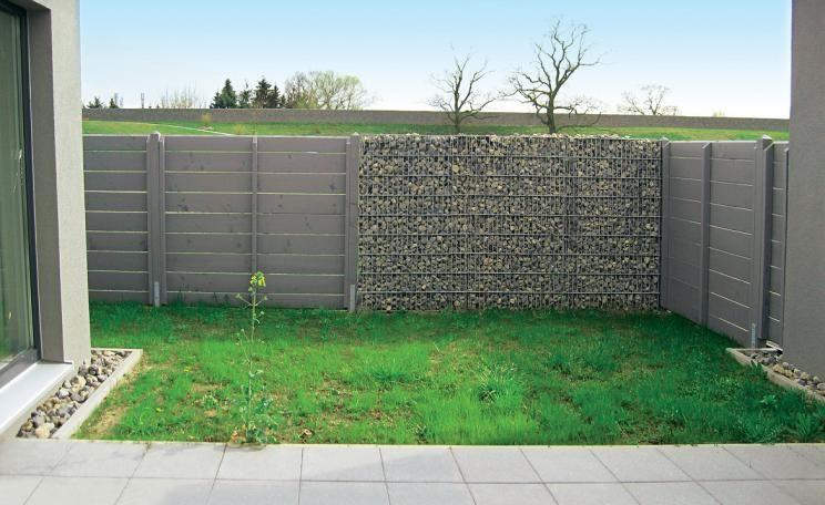2 Ideen Fur Einen Kleinen Reihenhausgarten Reihenhausgarten Garten Design Plane Kleiner Garten Plane