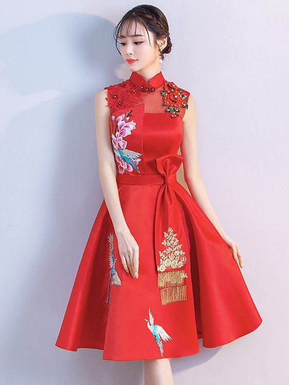 12cd1eeff80 Red A-Line Qipao   Cheongsam Wedding Dress with Phoenix Embroidery ...